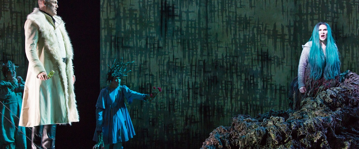 THE MONSTROUS CHILD 21 February—3 March 2019 Linbury Theatre In this new opera by composer Gavin Higgins and best-selling author Francesca Simon Music Gavin Higgins Libretto Francesca Simon Director Timothy Sheader Designer Paul Wills Lighting designer Howard Hudson Movement director Josie Daxter Sound design Sound Intermedia Video designer Ian William Galloway -- Conductor: Jessica Cottis Orchestra - Aurora Orchestra Cast: Hel - Marta Fontanals-Simmons Angrboda - Rosie Aldridge Loki/God - Tom Randle Modgud - Lucy Schaufer Odin - Graeme Broadbent Baldr - Dan Shelvey Nanna / Embla - Elizabeth Karani